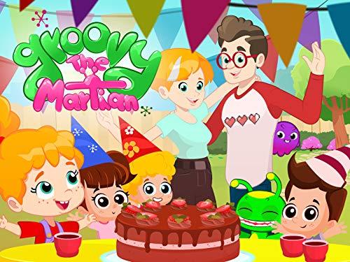 Happy birthday, Phoebe!   Birthday cake   Theatre numbers with dinosaurs
