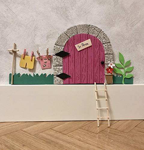Puerta ratoncito Pérez GOMA EVA ROSA QUE SE ABRE CON JARDIN + escalera + ratón guardadientes.