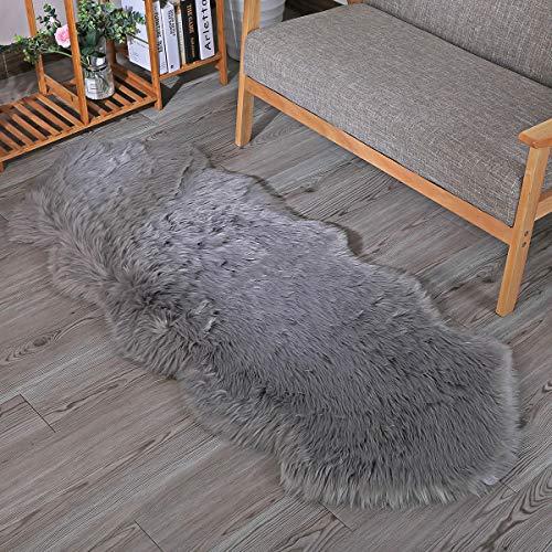 ZPXTI Flauschiger Kunstpelz Teppich,Schaffell Teppiche Schöner Teppich Universelle Teppiche in verschiedenen Größen für Schlafzimmer Wohnzimmer,Stuhl oder Sofa(Grau, 60x160cm)