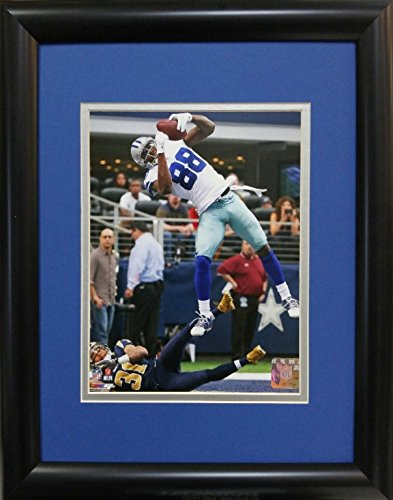 samscustomframing.com Framed sports art Dez Bryant III Dallas Cowboys Licensed Photo with Double Mat under Glass Interior Size 11x14 Exterior Size 14x18
