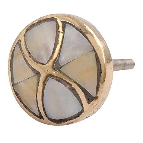 IndianShelf - Juego de 12 pomos artísticos y tiradores de metal dorado hechos a mano para armarios y puertas de aparador