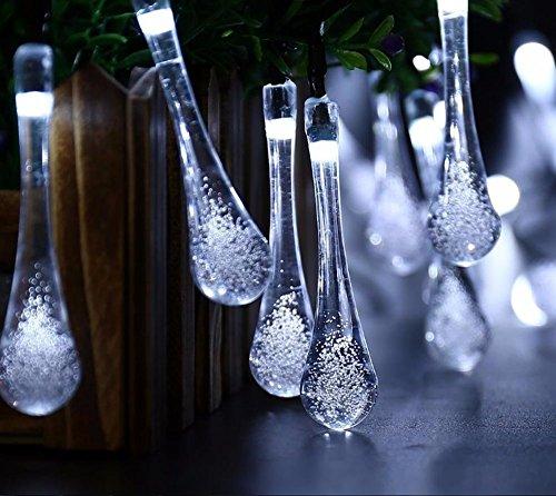 EONSMN Solar-Regentropfen-Lichterkette, 30 LEDs, Kristall-Lichterkette, 2 Arbeitsmodi, für Außen, Terrasse, Rasen, Hochzeit und Urlaub Dekoration weiß
