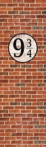 1art1 Ziegelstein-Mauern - Gleis Neundreiviertel Selbstklebende Fototapete Poster-Tapete 240 x 75 cm