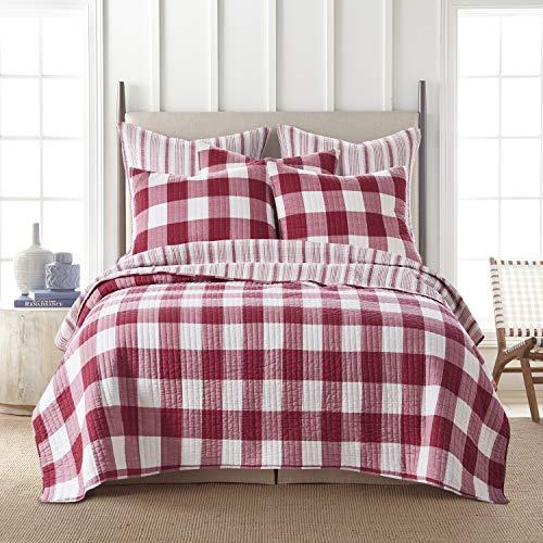 Levtex Home - Camden Quilt Set -Full/Queen Quilt + Two Standard Pillow Shams - Buffalo Check in Red and Cream - Quilt Size (88 x 92 in.) and Pillow Sham Size (26 x 20 in.)- Reversible Pattern -Cotton