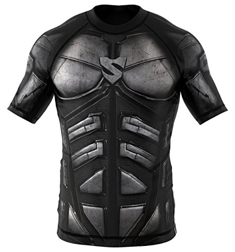 SMMASH X-WEAR Dark Knight Rashguard Kurzarm für Herren, T-Shirt für Gym, Crossfit, MMA, Krav MAGA, Laufshirt Atmungsaktiv, Sport Funktionsshirt, Kurzarmshirt für Männer, Slim-Fit (L)
