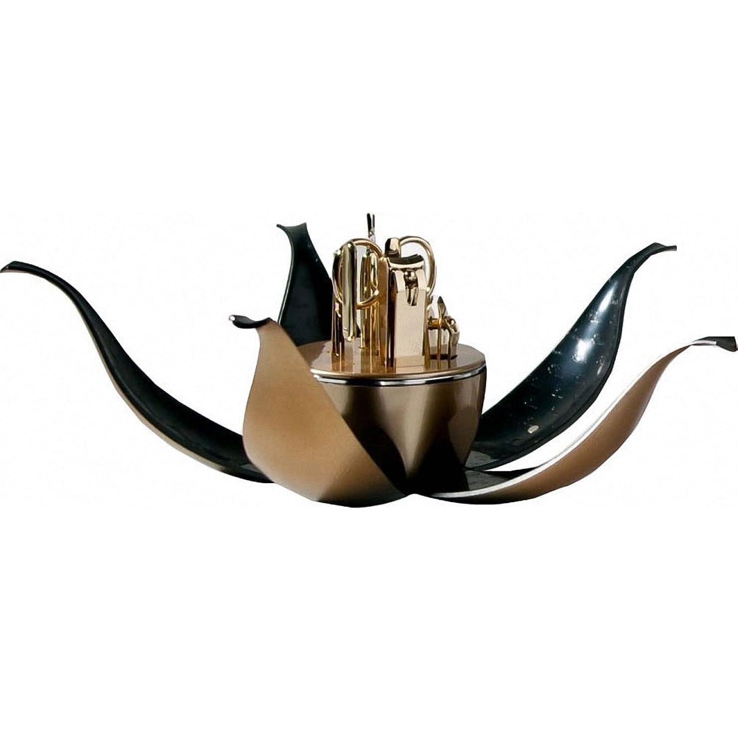 フィールドドア子【 三セブン】THREE SEVEN TS-0700VG Manicure Set in Flower Shape Case 三セブン 花の形のボックスにTS 0700VGマニキュア セット (2.Gold) [並行輸入品]