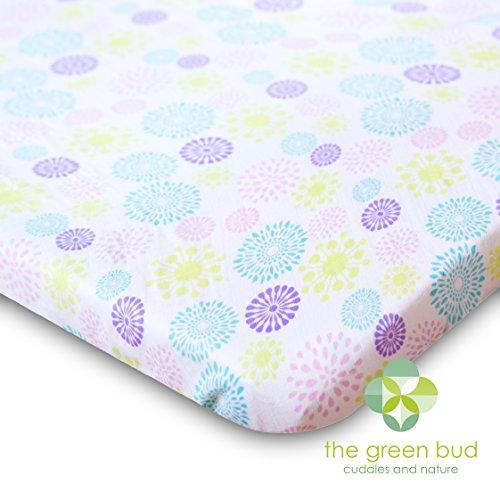 Drap-housse pour lit de bébé – Taille East : 128 cm x 72 cm. Un drap-housse en mousseline de coton 100 % doux, respirant et parfait tout au long de l'année. S'adapte à tous les matelas de lit standard, devient plus doux à chaque lavage.