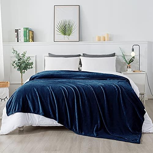 RATEL Mantas para Cama Azul Oscuro 200 × 230 cm, Mantas para Sofa de Franela Reversible, Mantas Ligeras de 100% Microfibra - Fácil De Limpiar - Extra Suave Cálido