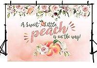 APANピンクの甘い桃のテーマベビーシャワーパーティーの装飾の背景女の子のための小さな桃は途中です写真の背景スタジオ小道具バナービニール7x5ft