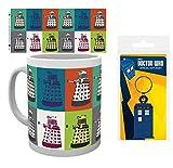 1art1 Doctor Who, Pop Art Foto-Tasse Kaffeetasse (9x8 cm) Inklusive 1 Doctor Who Fan-Schlüsselanhänger (6x4 cm)