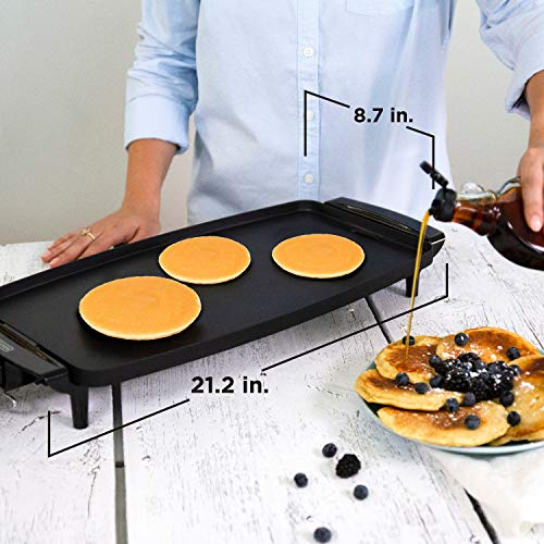 BLACK+DECKER Electric Griddle with Removable Temperature Probe, Indoor Grill, Pancake Griddle, Black, GD1810BC