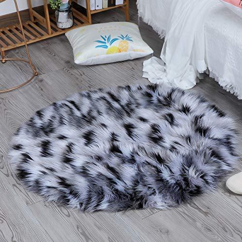 Alfombra de imitación suave de piel de cordero alfombras de piso ideal para el dormitorio o la sala de estar, alfombra de piel, para sillas y sofá, para proteger a sus hijos (Blanco+Negro, 60x60cm)