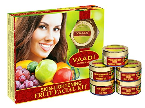 Vaadi Herbal Skin Ligtening Fruit Facial Kit 270g
