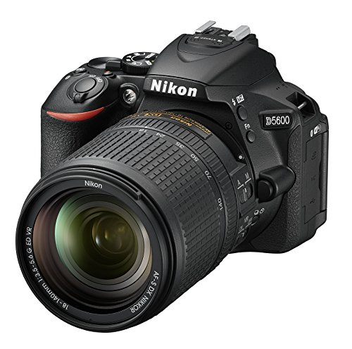Nikon D5600 Digital SLR im DX Format mit AF-P DX 18-140mm VR (24,2 MP, 3,2 Zoll dreh- und neigbarer Touch-Monitor, SnapBridge, AF mit 3D-Tracking, Full-HD Video incl. Zeitraffer)