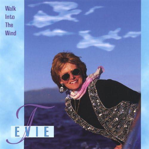 Evie T.
