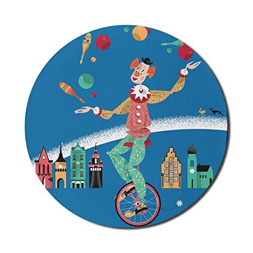 Runde Mausmatte, Clown-Mauspad für Computer, Clown auf einem Einrad, das mit Bällen jongliert Häuser auf dem Hintergrund Retro-Muster, rundes rutschfestes Gummi-Mousepad mit moderner Basis, mehrfarbig