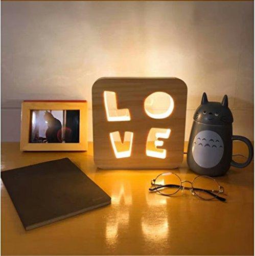 Luz nocturna LED suave brillante decorativa de madera de abedul recortada lámpara de acento (amor)
