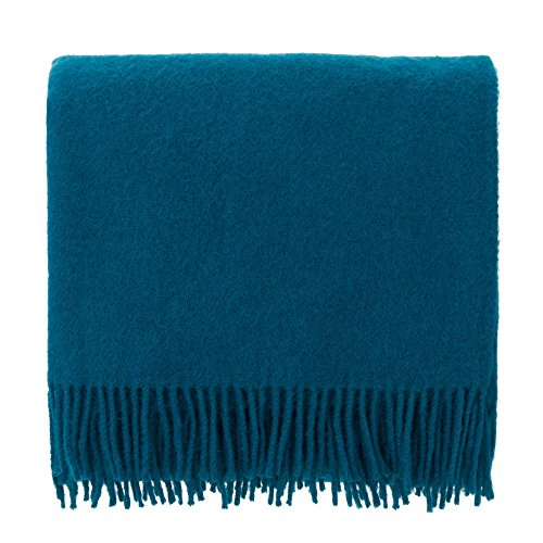 URBANARA 130x190 cm Lammwolldecke 'Miramar' Petrol — 100% Reine Lammwolle — Ideal als Überwurf, Plaid oder Kuscheldecke für Sofa und Bett — Warme Wolldecke mit Fransen