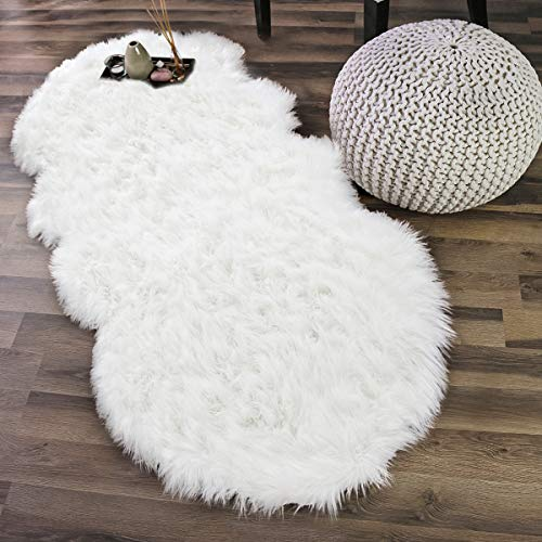 Noahas Faux Sheepskin Area Rugs Silky Long Wool Carpet for Living Room Bedroom, Children Play Dormitory Home Decor Rug, 2.6ft x 5.2ft, White