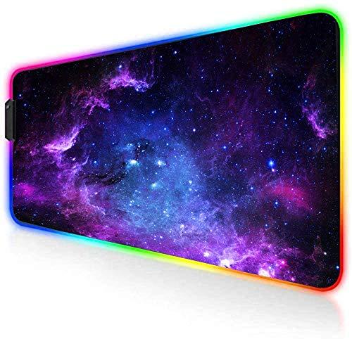 AILRINNI RGB Tappetino Mouse Gaming - Grande Tappetino per Mouse LED XXL 800x300mm, 14 RGB Effetti Luce Mouse Pad da Gioco Base di Gomma Antiscivolo per Tastiera, Laptop (Galaxy)