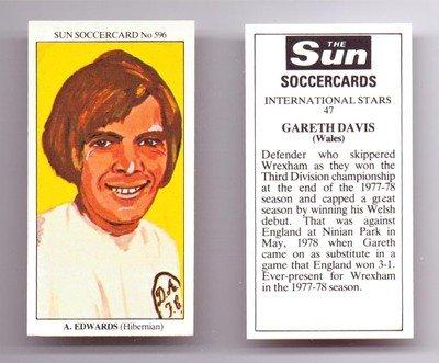 Sun Soccercards No 596 - Hibs Dunfermline Athletic EDWARDS football card