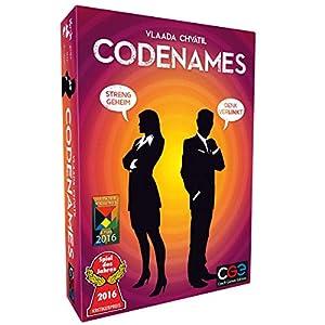 Codenames ist ein kompetitives Kartenspiel, in dem ihr in zwei Teams auf geheimer Mission seid und Kontakt zu verschiedenen Geheimagenten aufnehmen müsst Ermittelt verdeckt, um feindlichen Attentätern zu entkommen, die euch daran hindern wollen, Kont...