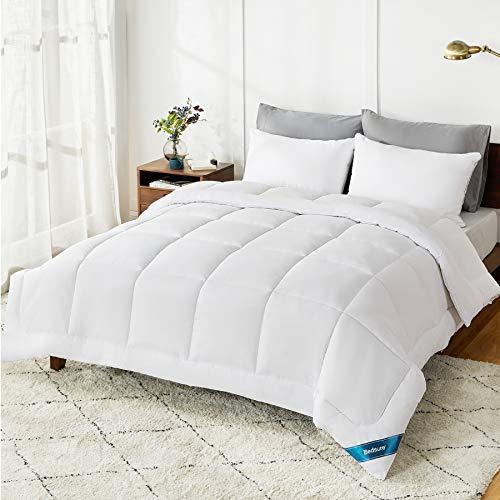 Bedsure Queen Comforter Duvet Insert White - Quilted Bedding Comforters for Queen Bed, All Season Down Alternative Comforter Queen Size with Corner Tabs