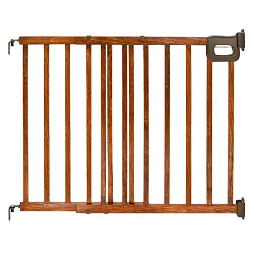 Summer Deluxe Stairway Simple to Secure Wood Gate 3048 Inch Wide