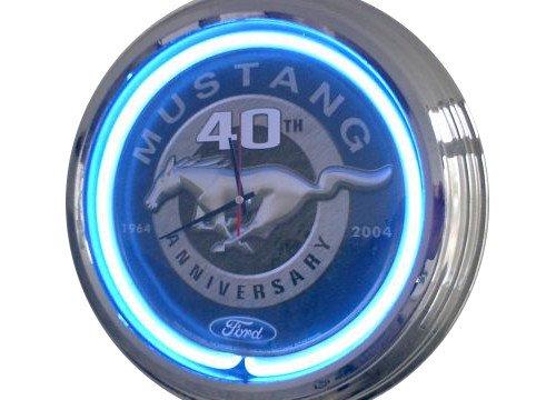 Neonuhr 40 TH Mustang Wanduhr Deko-Uhr Leuchtuhr USA 50's Style Retro Uhr
