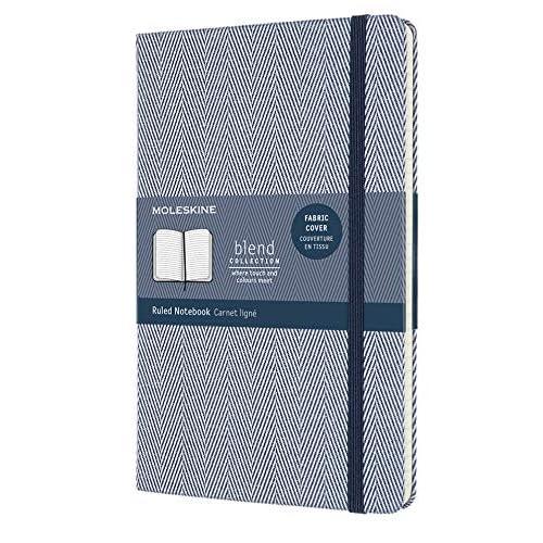Moleskine Notebook Blend Collection, Taccuino a Righe con Copertina Rigida in Tessuto e Chiusura ad Elastico, Formato Large 13 x 21 cm, Trama Spina di Pesce, Colore Blu, 240 Pagine