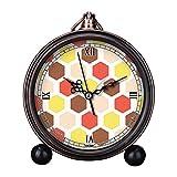 girlsight Art Retro Salón decorativo sin tictac, fácil de leer, cuarzo, mesa de noche analógica, reloj despertador, esfera de reloj floral B4423. Patrón de papel pintado hexagonal
