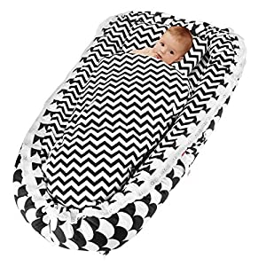 Oenbopo Newborn Lounger, Baby Soft Breathable Portable Crib Co-Sleeping Bed with Pillow and Quilt for 0-2 Year Baby Boys and Girls (Colorful Starry Sky)