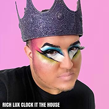 Clock It the House