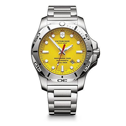 Victorinox Swiss Army masculino I.N.O.X. Relógio de quartzo suíço com pulseira de aço inoxidável, prata, 22 (modelo: 241784)