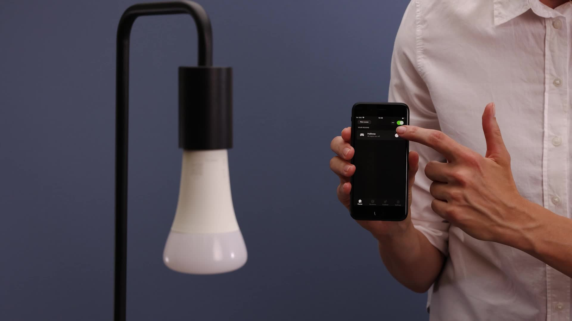 Philips Hue Bombilla Inteligente LED E27, 100W, con Bluetooth, Luz Blanca Cálida, Compatible con Alexa y Google Home