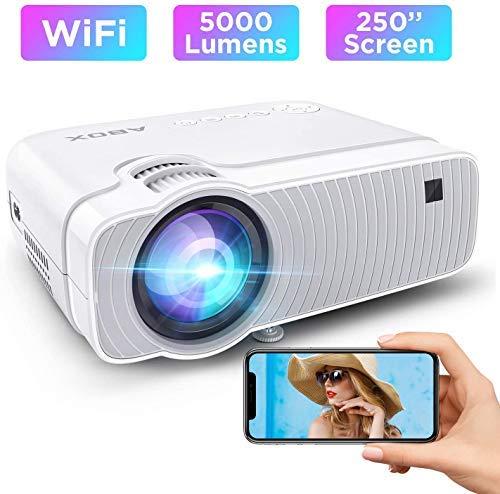 5000 Lumen ABOX WiFi Proiettore Portatile, Wireless Videoproiettore, Supporto Full HD 1080P/250''Display/Android/IOS/Window/HDMI/VGA/SD/AV/USB, Altoparlanti HIFI Per Home Cinema e Film All'aperto …