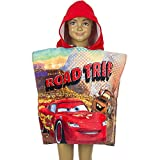 Fashion4Young 4776 Kinder Badeponcho Bademantel Disneys Cars McQueen Strandtuch Kapuzentuch (rot, OneSize)