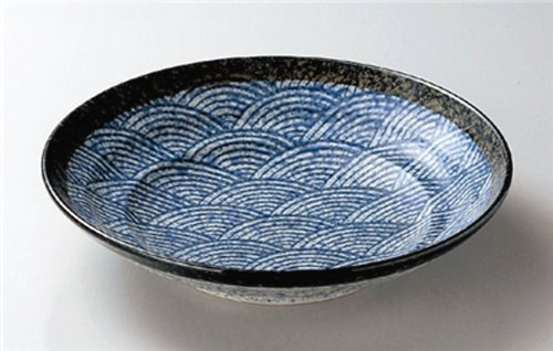 BLUE-WAVES Jiki Japanese traditional Porcelain Set of 2 Medium Round Plates made in JAPAN