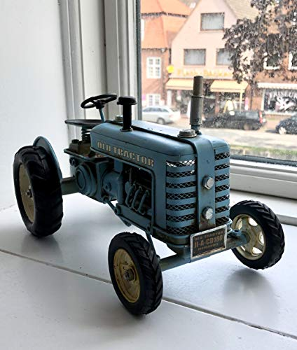 Wohnideen Kupke Dekoratives handgefertigtes Metallfahrzeug Traktor 26cm Modell im Retro Stil Old Tractor hellblau