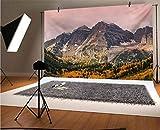 Fotógrafos de vinilo de otoño de 5 x 3 pies, montañas idílicas con picos nevados y nubes nevadas en el cielo en el valle alto fondo de impresión para decoración del hogar al aire libre