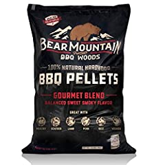 Bear Mountain BBQ Gourmet Blend | Balanced sweet, smoky flavor | Perfect go-to mixture for any meat, fish, poultry or vegetable Made from 100% All-Natural premium hardwood - no binders, fillers or additives Infuse all-natural, robust flavor and tende...