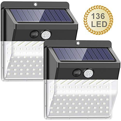 [Nueva versión de 136 LED] Luces solares para exteriores, SEZAC Luces solares para seguridad para exteriores Luces con sensor de movimiento solar para patio, garaje, camino (paquete de 2)