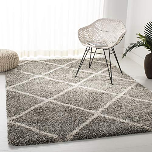 Safavieh Hudson Shag Collection SGH281B Grey and Ivory Moroccan Diamond Trellis Area Rug (4' x 6')