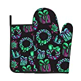 Funny Oven Mitt and Pot Holders Set Green Heat Resistant Cooking Mitts Potholder Food Safe Oven Gloves Grilling Gadgets to Protect Hands Surfaces for Men Women