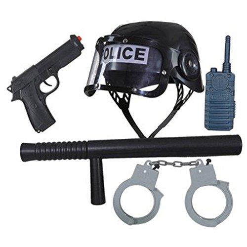 Colore: nero Materiale: scultura Volume di fornitura: 1 casco, 1 bastone, 1 pistola, 1 walkie talkie, 1 paio di manette