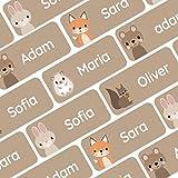 120 personalisierte Namensaufkleber (30x13 mm) zum Markieren von Kleidung und Gegenständen. Wasserfeste Klebeetiketten für Kinder, Schule und Kindergarten - Waldtiere - Braun