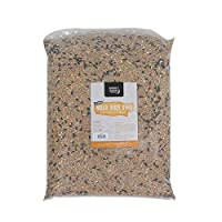HIGH IN ENERGY - These 12.75kg bags are high in energy and protein to aid young bird development and help older birds during the harsh Winter months. These fantastic bags of bird seed helps our feathered friends by providing a regular source of vital...