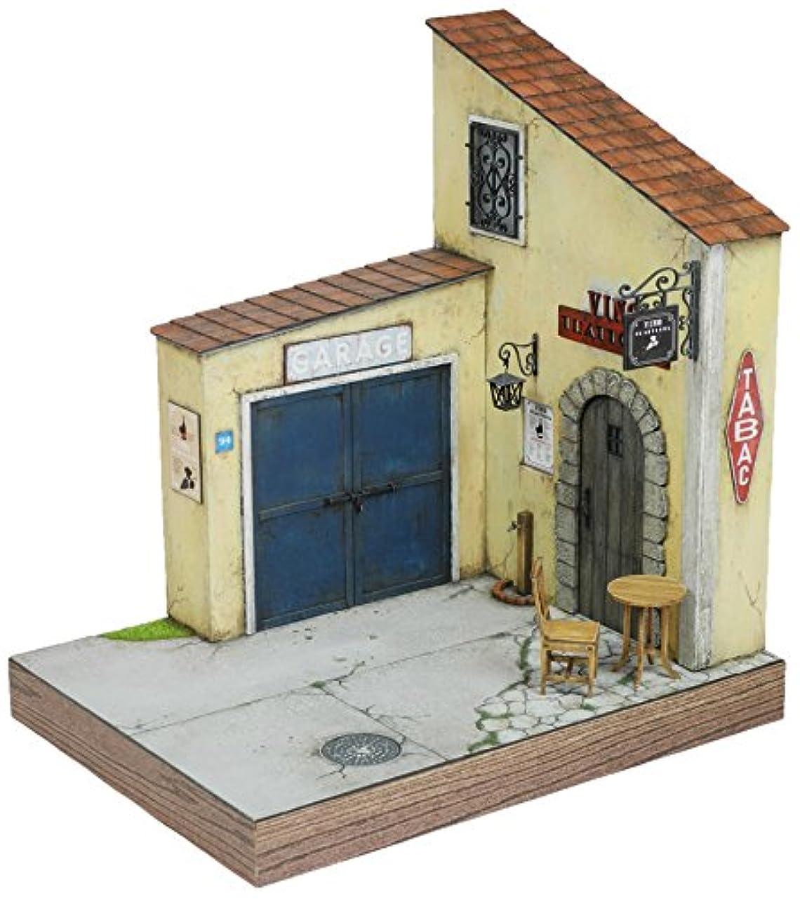 ソースフルート取り囲むコバアニ模型工房 1/24 スウィートスタイルシリーズ イタリアのワイン居酒屋&ガレージ 組立キット SS-029