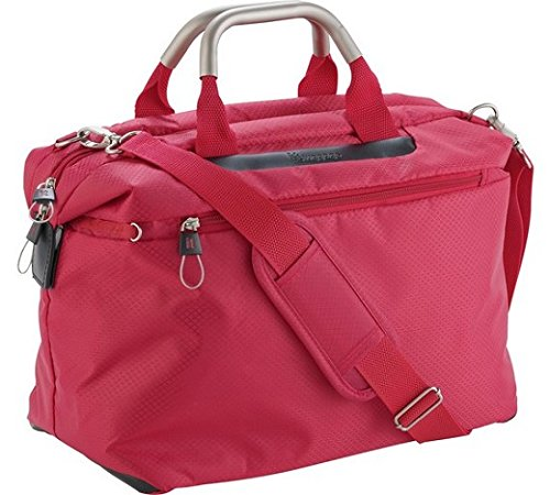 IT World's Lightest Small Cabin Holdall - Red.