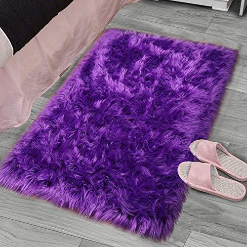 YJ.GWL Super Soft Faux Sheepskin Fur Area Rugs for Bedroom Floor Shaggy Plush Carpet Faux Fur Rug Bedside Rugs, 2 x 3 Feet Rectangle Purple